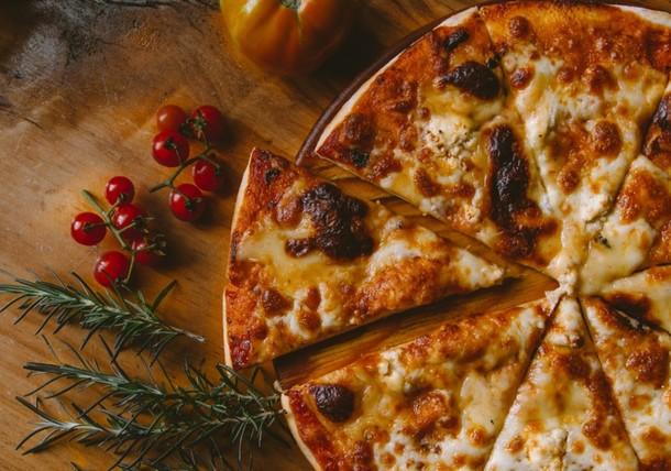 Amizur Nachshoni Best Pizza