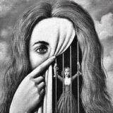 כלואה בעצמי